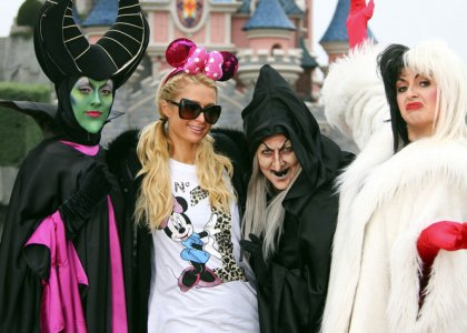 paris-hilton-disney-paris